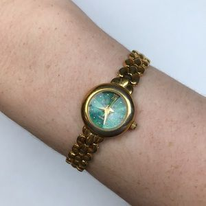 Vintage yellow gold green watch quartz Art Deco
